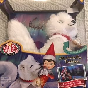 New elf on the shelf pet arctic fox and book